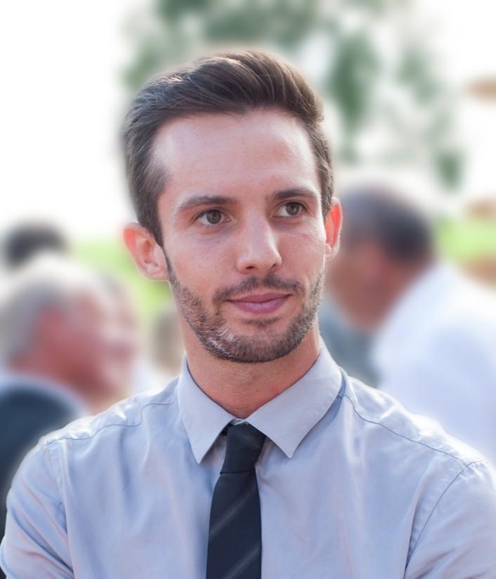 julien créateur du site etreinvesti.com pour apprendre à investir en Bourse